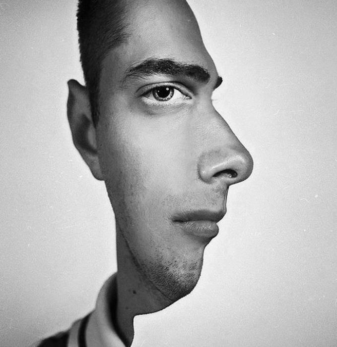 Optical illusion - more pics: http://gallianmachi.blogspot.com/