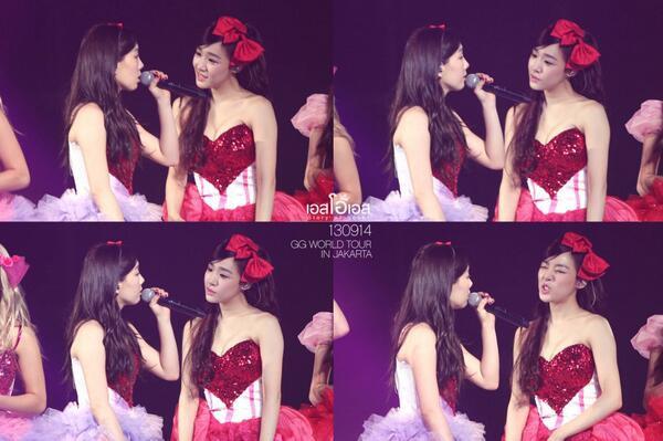 Lucu iya expresi Tiffany waktu ndengerin Taeyeon bicara xD Minta WOW nya iya :)