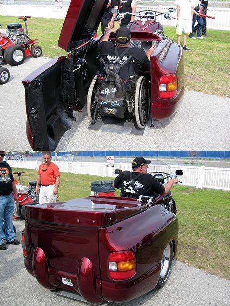 WoW...keren bgt motor roda 3 nya ya guys...ga nyangka klo yg nyetir ternyata org lumpuh... :)