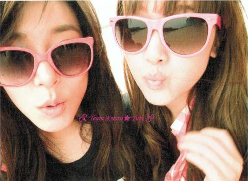 Tiffany dan Jessica in Holiday~