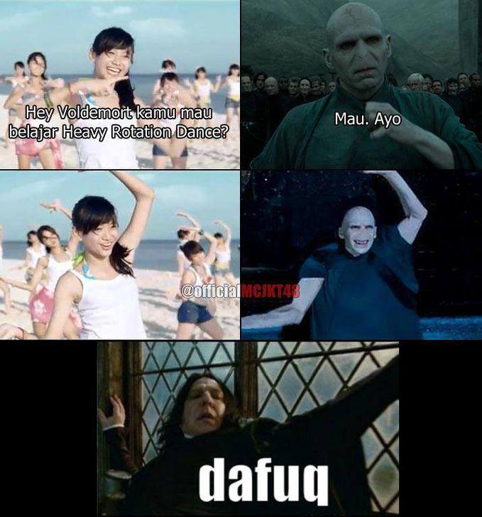 Voldemort Belajar Dance Heavy Rotation...WOW nya Dong...