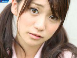 Gimana menurut sobat pulsk dia cantik atau imut. Namanya Oshima Yuko dia member akb48. WOW nya dong yang bilang dia imut atau cantik ok!