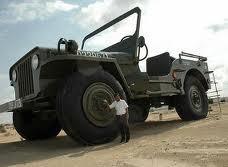 wow ini mungkin jeep terbesar di dunia jangan lupa wow nya