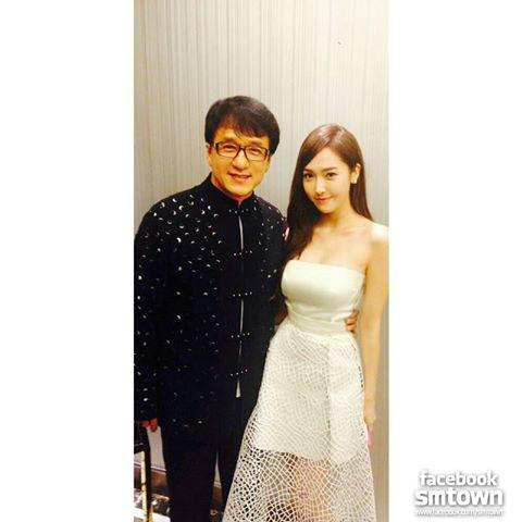 Jessica & Jackie Chan at 2013 Huading Awards~!!