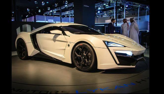 Ada yang Pernah Membayangkan Mobil Tercepat Sejagat Raya , Ini Lah Dia ! Harga Supercar Arab Dua Kali Mobil Tercepat Sejagat Raya Hampir sembilan kali lebih mahal dari Lamborghini Aventador. Lykan Hypersport hanya diproduksi tujuh unit saja.
