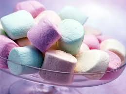 Ada Yang kepengen gak sih makan Gula gula ini ??? Atau mungkin dijadiin Hadiah buat BestFriend Or Pacar ??? :D :D