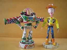 wow lihat deh hasil karya daur ulang menjadi karakter toy story