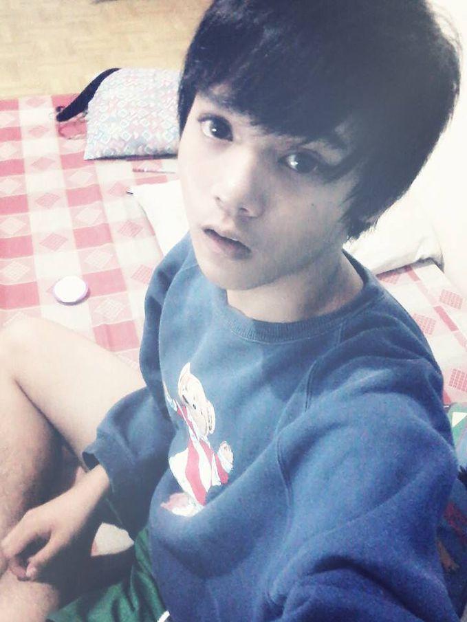 mirip luhan EXO M ga?? kurasa dia mirip banget >_< cute .. :unyu: