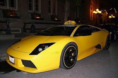 GILA !! di Itali mobil Lamborghini Murcielago dijadikan taxi, keren abizz