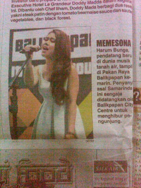 """""""Mempesona"""" itulah Liputan Perform Harum Bunga untuk Balikpapan Fair 2013 di Koran Harian Kaltim Post edisi 29 Nov 2013"""