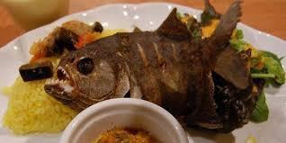 wawawa ada ada saja Restoran di brazil mnghidangkan menu spesial nya yaitu Piranha Goreng Berapa kira kira wow nya