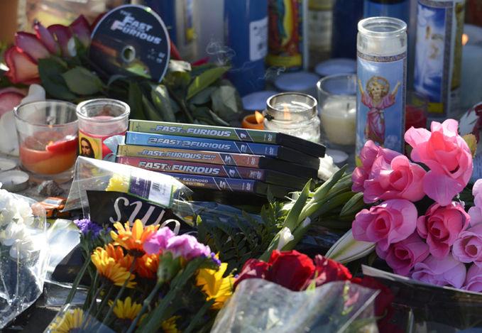Persembahan kerabat dekat untuk RIP. Paul Walker. klik WOW Wajib