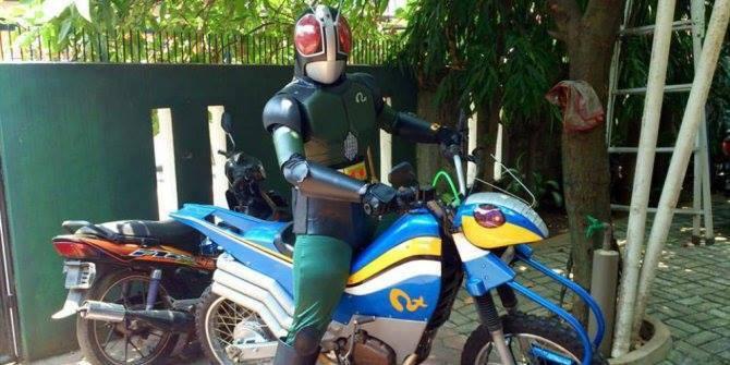 Ini dia sosok Satria baja Hitam di Kecelakan Bintaro ...