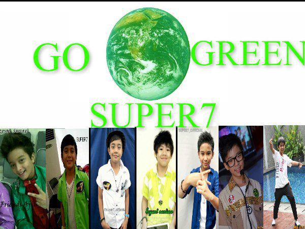 super 7 diberi penghargaan oleh presiden SBY, dikarenakan lagu Go Green