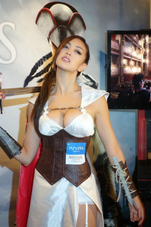 Wanita ini Ber-cosplay Sebagai Assassins Creed.. Lihat Foto Lainnya Disini Gan : http://gallianmachi.blogspot.com/