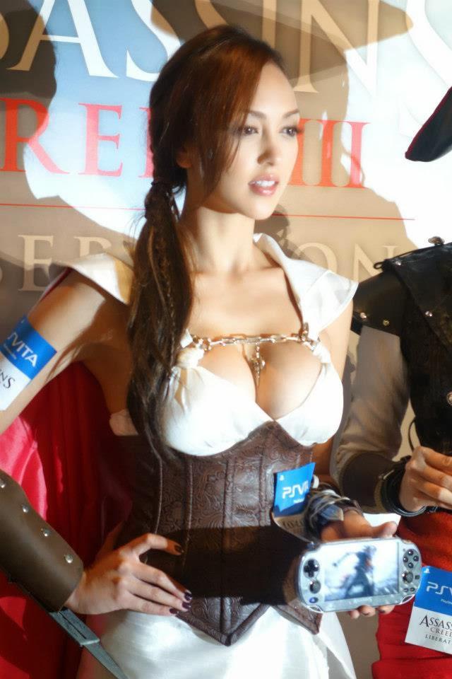 Wanita ini ber-cosplay menjadi Assassin, Gimana pendapat kamu gan?? Lihat Foto Lainnya Disini : http://gallianmachi.blogspot.com/