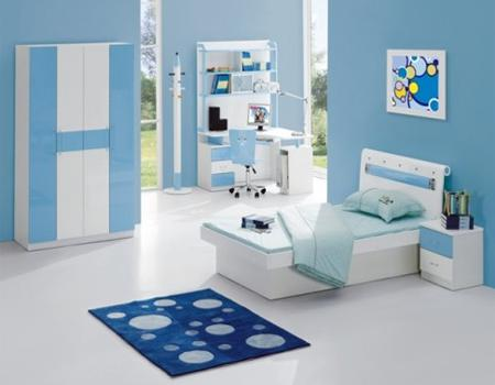 Desain kamar tidur ini bernuansa warna biru sehingga tampak bersih dan indah ..... Lihat selengkapnya di : http://desain-rumah13.blogspot.com/2014/01/desain-kamar-tidur-bernuasa-biru.html
