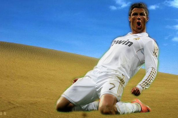 C.ronaldo Gosong main bola di Padang pasir ..