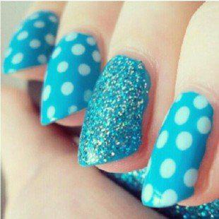 Applying The Concept Of Blue Nail Art Designs