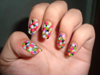 Applying Easy Nail Art Designs