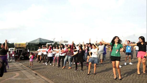 One Billion Rising For Justice merupakan aksi yang mengutuk kekerasan terhadap kaum perempuan di Indonesia akhir-akhir ini kerap kali menjadi sorotan masyarakat...