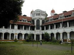Misteri Lawang Sewu Di Kota Semarang