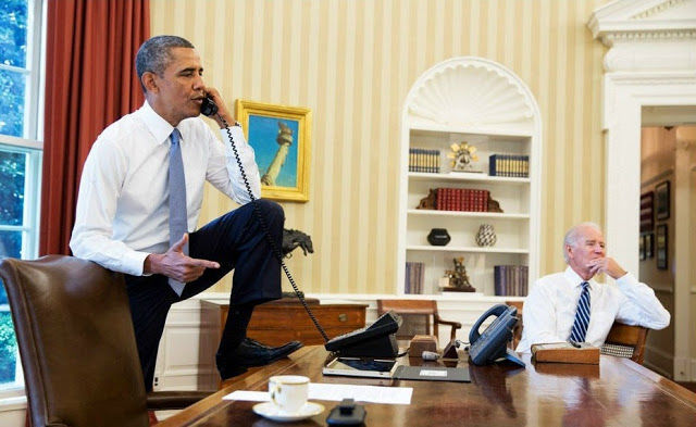 Jangan ditiru ya cara Presiden Obama bekerja, ini contoh yang tidak baik.