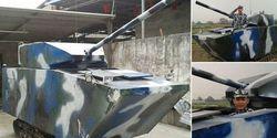 Pria di China bikin replika tank buat kado anaknya