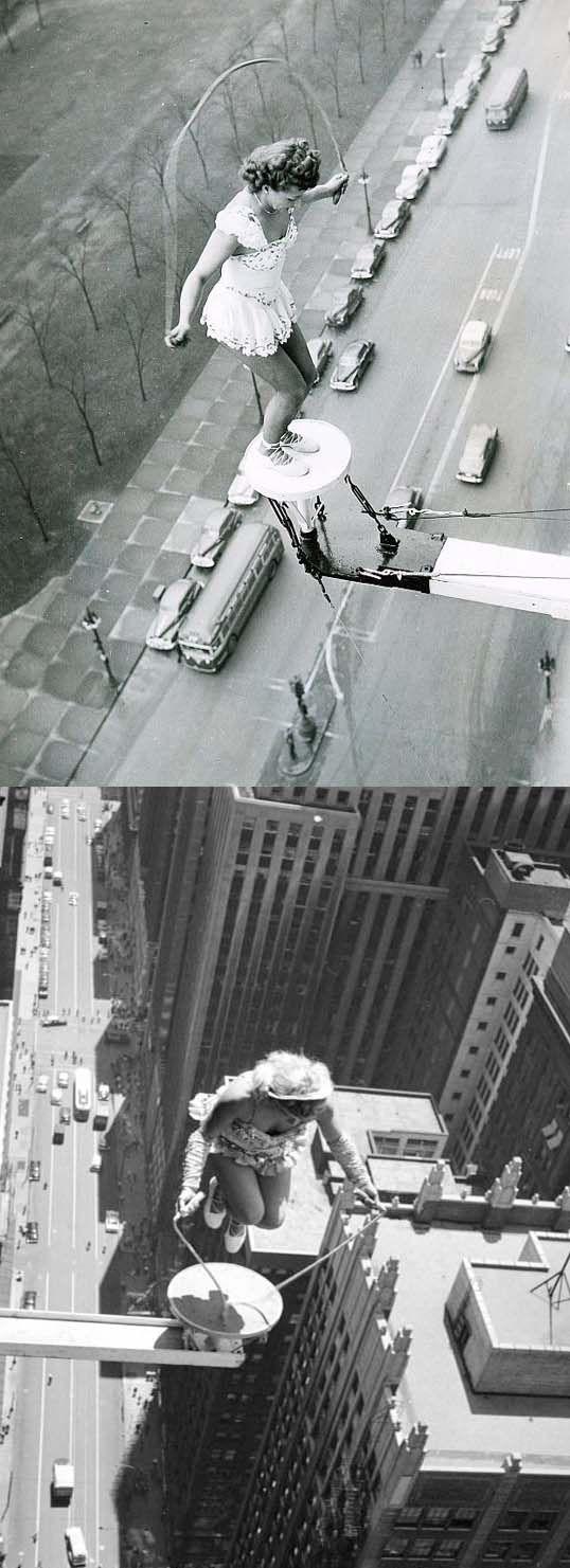 Sobat Pulk, ini adalah aksi akrobatik seorang wanita di atas salah satu gedung di California Amerika, keren ya !