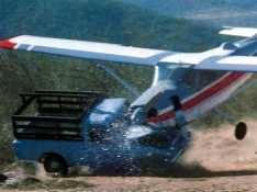 Strange And Stupid Accidents,pilotnya ngantuk x ya, wow