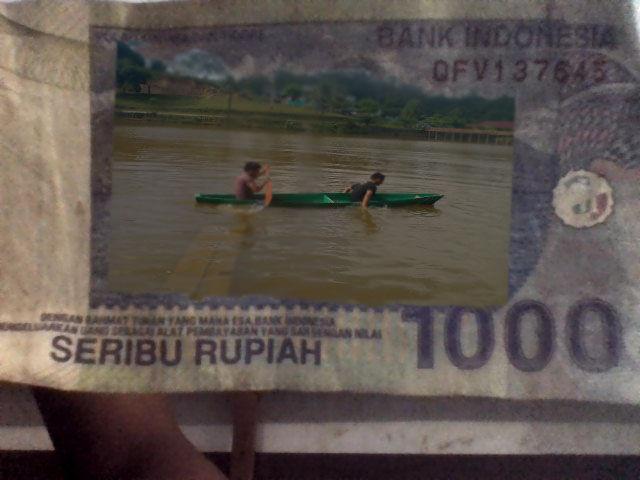 hahay uang seribu model baru... :D :D