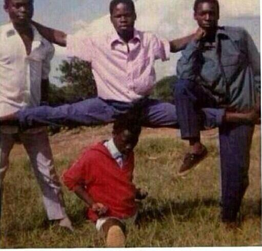 Inilah Foto Personil Boy Band Asal Pantai Gading Sebelum Berubah Menjadi Power Ranger, ahaha lucu kan jangan lupa WOWnya