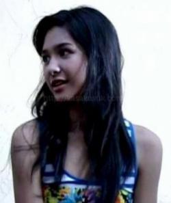 Mikha Tambayong - Maudy Mikha Maria Tambayong (lahir di Jakarta, 15 September 1994) a