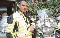 Edy Sudarmadi, Ibadah Umroh Naik Motor