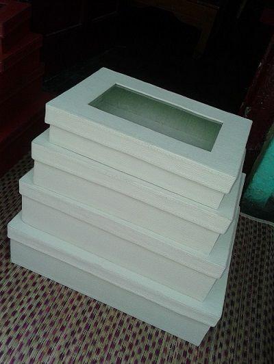 Kotak Hantaran Vynil Motif Kulit Jeruk Kerajinan Tangan Rajapolah Info lebih lanjut Anda bisa hubungi ke : No hp : 085222308405 PIN BB : 76AA8749