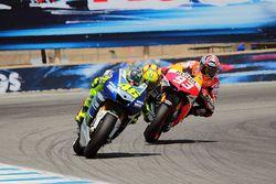 Valentino Rossi Gagal Merebut Juara 1 dari Marquez