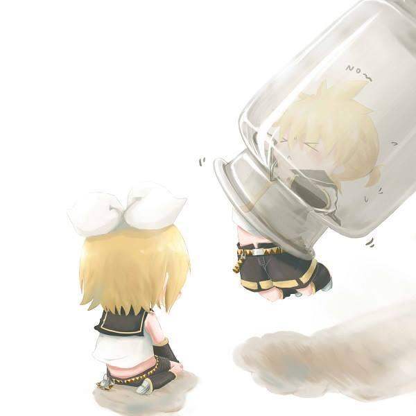 Tolong Len dong biar bisa keluar dari toples..! Hai..disini siapa penggemar kagamine Len dan Rin..? Kalau ada tolong WOW-nya yah..! ^_<
