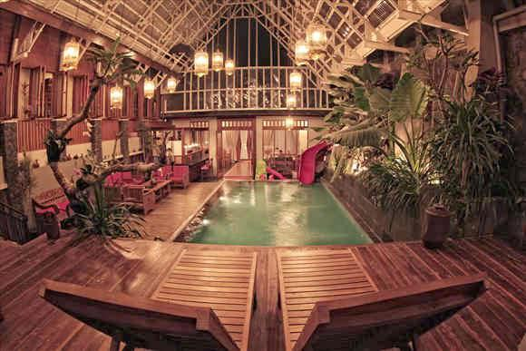 Rumah Strawberry Lembang Bandung merupakan salah satu Villa di lembang dengan Private Swimming Pool (Air Hangat). Tempat...