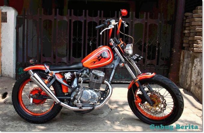 Modif CB Klasik ala Harley