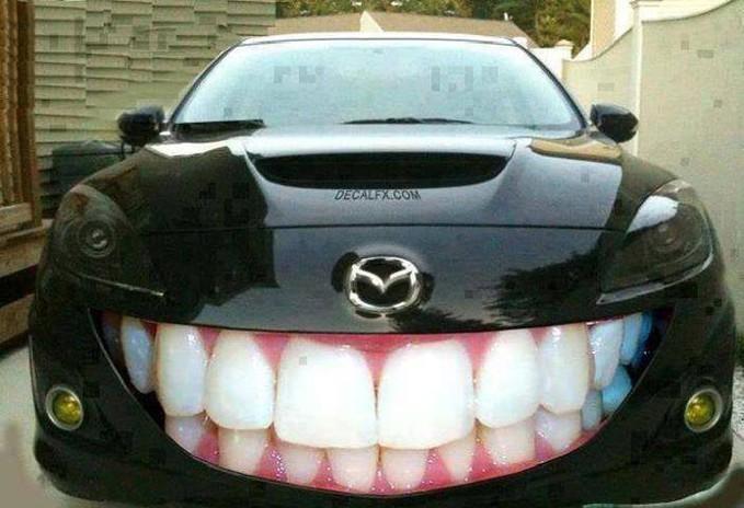 "wkwkwk,,, kocak nih mobil dari film ""CARS"", wkwkwk jangan lupa WOW nya..."