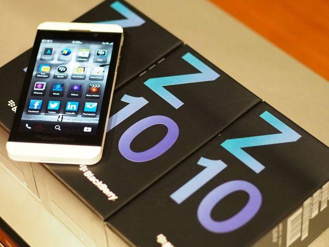 HARGA BlackBerry�® Zâ?¢ 10 Rp. 2.255.000 CARA PEMESANAN: -Silahkan klik Order yang tercantum pada gambar produk, lalu silakan anda isi Data formulirnya kirim Ke 085.264.023.764 Contoh: NAMA#ALAMAT LENGKAP# NO.TLPN#KODE POS#PESANAN#JUMLAH#WARNA