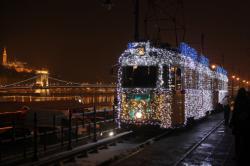 Kereta api paling terang di dunia ada di Hungaria