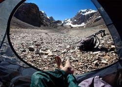 Gambar dari dalam tenda Oleg Grigoryev