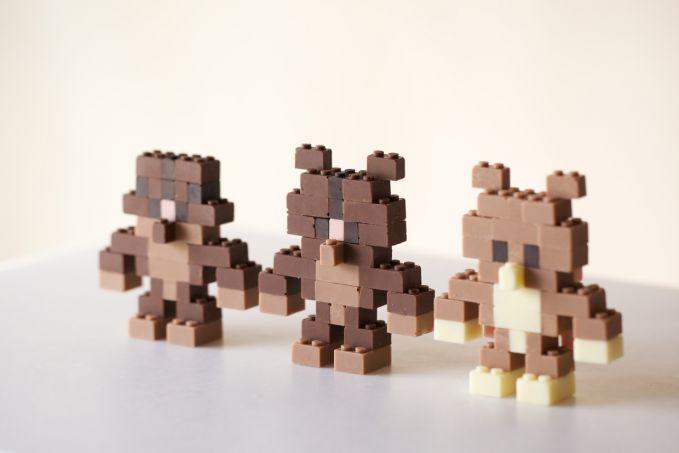 Lego Dari Coklat, bisa di jilat.. dan dimakaaaaaaaan :))) asek asek