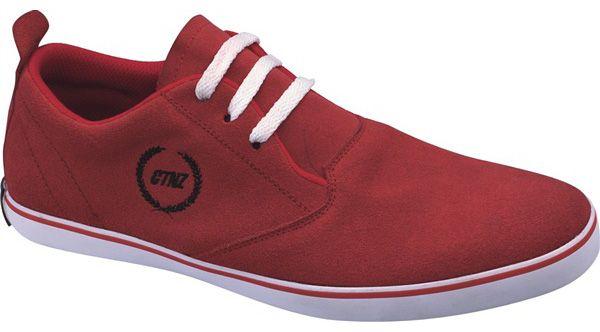 Model Sepatu Distro Made In Bandung Model Terbaru 2014 yang lagi trend di bandung. warna Merah Berbahan Kulit Suede Ukuran Sepatu Distro ini dari 38 sampai 43 dan untuk Lihat model lainnya bisa kunjungi situsnya langsung di sepatupakaian.com