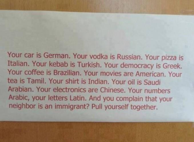Jangan pernah komplain Tetanggamu berasal dari mana, agama apa, suku dan bangsa mana. Ingan bhineka Tunggal ika :)