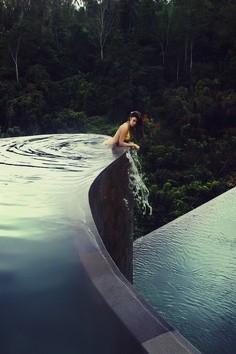 Hanging Gardens Swimming Pool - Ubud, Bali