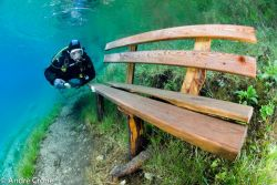 Ini Lah Sebuah Danau Unik Yang Mempunya Sebuah Taman Didalam Nya