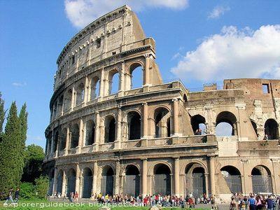 Colosseum - Wisata Roma / Italy
