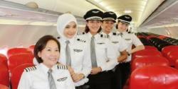 Pilot Cantik Imut Berjilbab, Tuai Pujian di Sosial Media